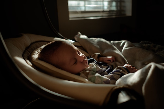 空氣清淨機 - sleeping baby